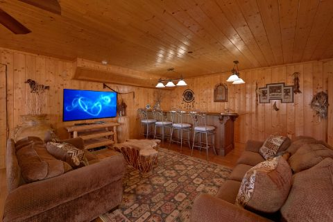 5 Bedroom cabin with Game Room and Wet Bar - A Stunning View
