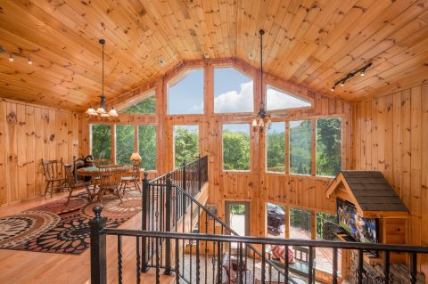 Cabin with Gas Fireplace and 3 bedrooms - A Tennessee Delight
