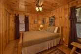 Rustic cabin with 2 queen bedrooms