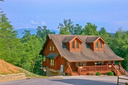 Ivey's Cove: 2 Bedroom Sevierville Cabin Rental