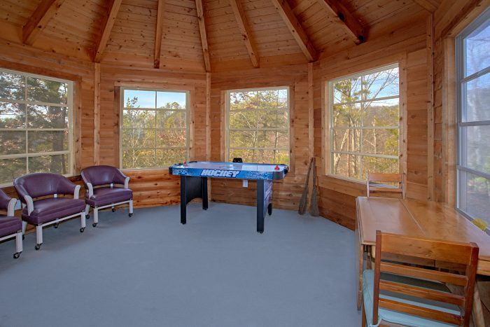 Air Hockey Table 5 Bedroom Cabin Sleeps 12 - A View For All Seasons