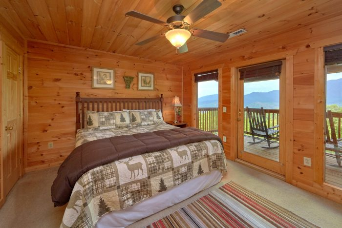 5 Bedroom Cabin with 4 King Master Suites - A View From Above