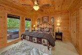 Luxury Cabin with 4 King beds and 5 Fireplaces