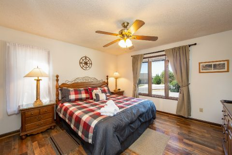 Master bedroom with King bed in 3 bedroom cabin - A View of Paradise
