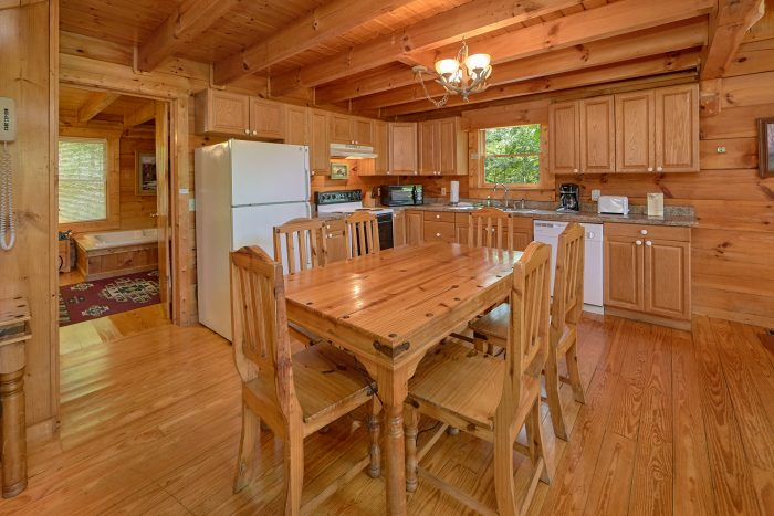 Rustic 2 Bedroom Cabin with Dining Room for 6 - A Woodland Hideaway