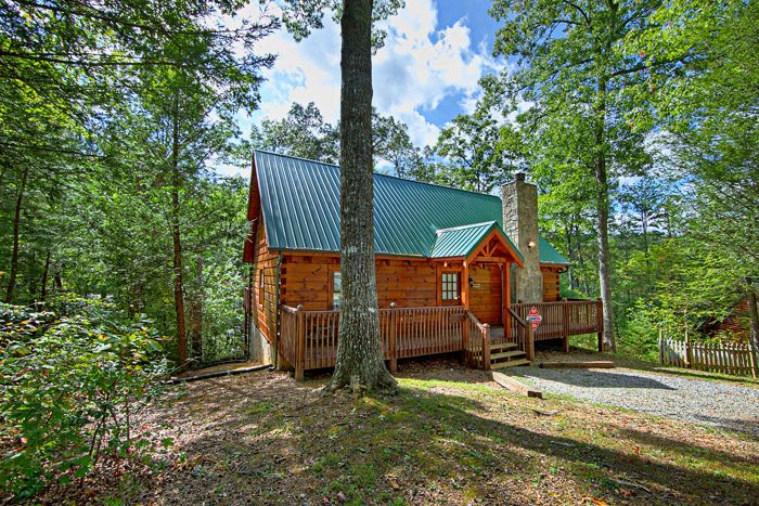 A Woodland Hideaway Cabin Rental Photo