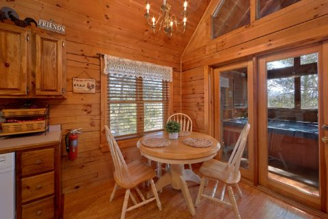 1 Bedroom Cabin with Dining Room Seats 3 - Aah Rocky Top