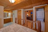 Rustic Cabin with Washer and Dryer Sleeps 4