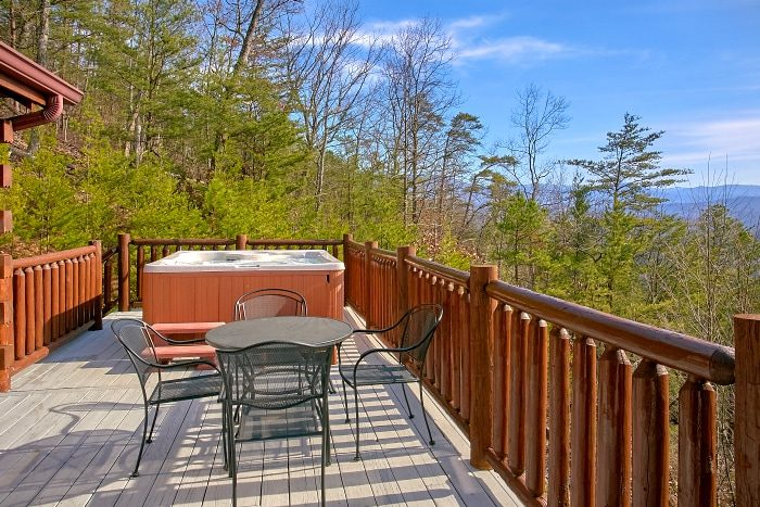 Premium Cabin with Mountain Views and Theater - Above The Smokies