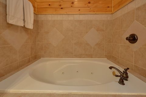 Private Jacuzzi tub in Master Bathroom at cabin - Absolutely Viewtiful