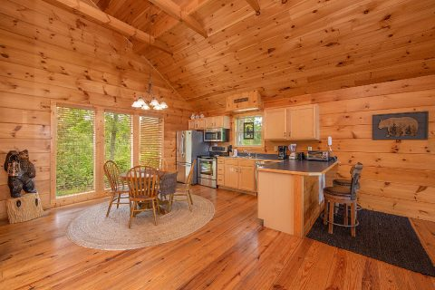 1 Bedroom Cabin with Fully Equipped Kitchen - Ah-Mazing