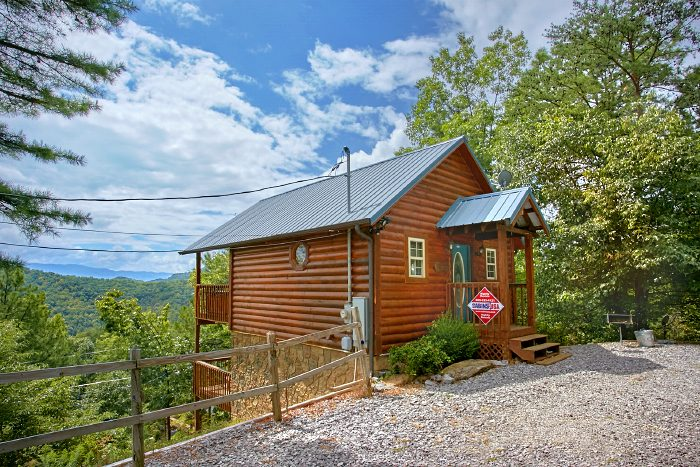 Smoky Mountain Honeymoon Cabin Rentals Aint No Mountain High Enough