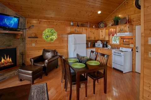 Honeymoon Cabin with Dining Area and Kitchen - Ain't No Mountain High Enough
