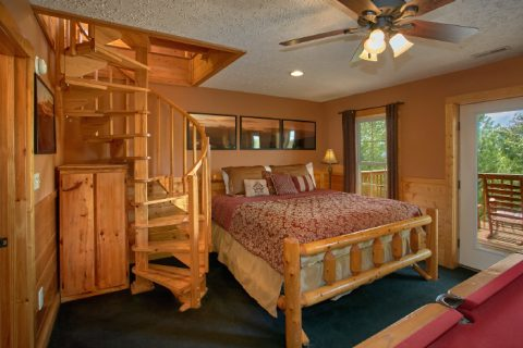 Honeymoon cabin with King Size Bed and View - Ain't No Mountain High Enough