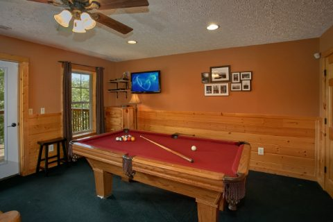 Luxury 1 Bedroom Cabin with Pool Table - Ain't No Mountain High Enough