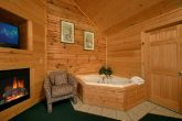 7 bedroom cabin with King Master Suite