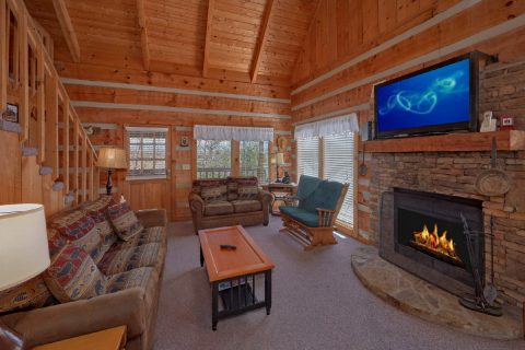 Cozy 1 bedroom cabin with wood burning fireplace - All By Grace