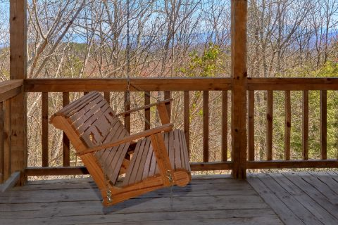 1 bedroom cabin with hot tub and porch swing - All By Grace