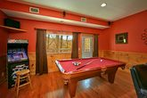 Cabin with Billiard Room and Arcade Game