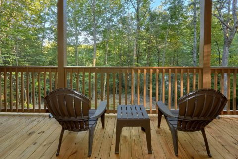 Spacious Deck with Wooded View Sleeps 10 - Almost Paradise
