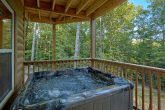Pigeon Forge Cabin with 6 person Hot Tub
