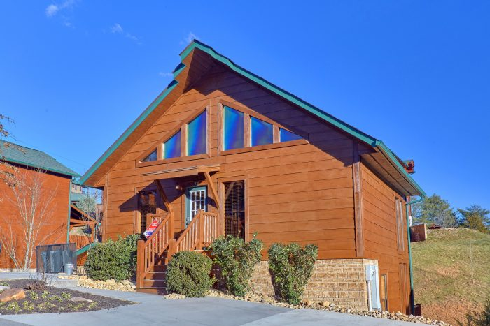 2 Bedroom 2 Story Cabin Sleeps 8 - Almost There