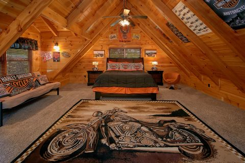 Luxury 6 Bedroom Cabin with 5 King Bedrooms - Alpine Mountain Lodge