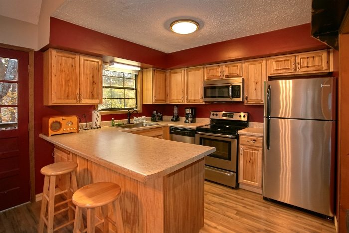 2 Bedroom with fully equipped Kitchen and Bar - Alpine Retreat