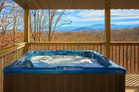 2 Bedroom Cabin with Cozy Outdoor Hot Tub - Altitude Adjustment