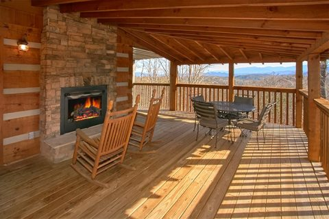 2 Bedroom Premium Cabin with Outdoor Fireplace - Altitude Adjustment
