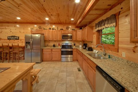 6 Bedroom Cabin with Fully Equipped Kitchen - Amazing Grace