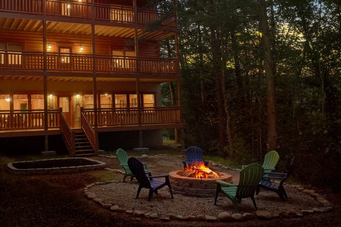 6 Bedroom Luxury Cabin with Fire Pit - Amazing Grace