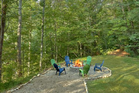 Smoky Mountain Cabin with Fire Pit - Amazing Grace