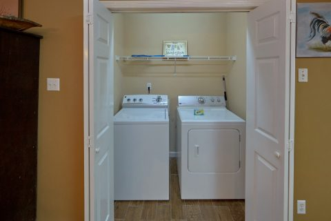 Stack Washer and Dryer 2 Bedroom Sleeps 6 - Amazing Grace II