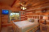 1 Bedroom Cabin Sleeps 6 with Main Floor Bedroom