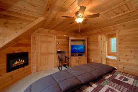5 Bedroom Luxury Cabin with 4 Master Suites - Amazing Views to Remember