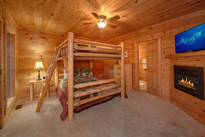 5 Bedroom cabin with Queen bunk beds for 4 - Amazing Views to Remember