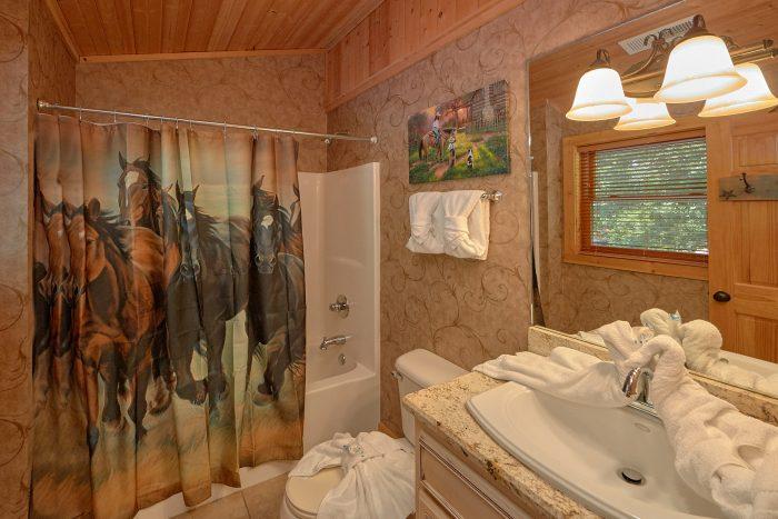 Premium 6 Bedroom Cabin with bunk beds - American Dream Lodge