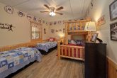 6 Bedroom Cabin with 4 Twin Beds and Full Bed