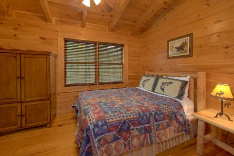 3 Bedroom Cabin Sleeps 8 American Honey - American Honey