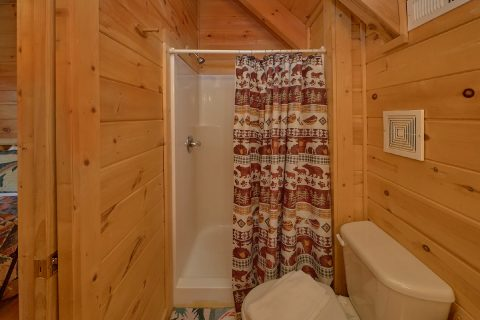 3 Bedroom 3 Bath Cabin with Walk in Shower - American Honey
