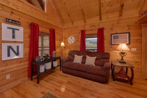 2 Bedroom Luxury Cabin with Full Kitchen - American Pie