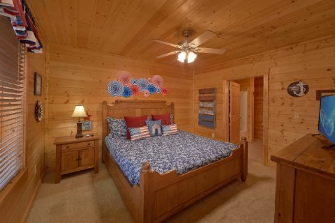 King Suite in 2 bedroom cabin - American Pie