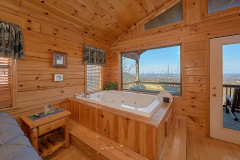Jacuzzi Tub with Views 1 Bedroom Cabin - Angels Attic