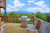 Luxurious Gatlinburg Cabin with View of Mountain