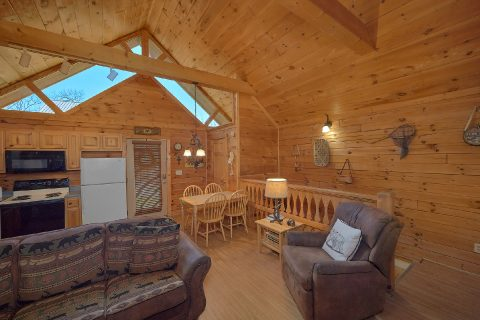 1 bedroom cabin with recliner and fireplace - Angel's Ridge