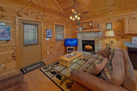 1 bedroom cabin living room with fireplace - Angel's Ridge