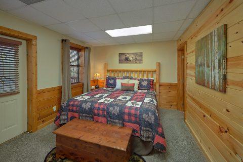 1 bedroom cabin with King Bedroom - Angel's Ridge