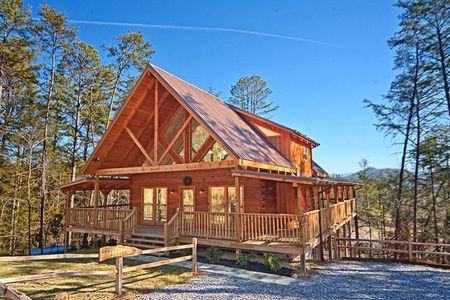 Smokies View: 3 Bedroom Sevierville Cabin Rental