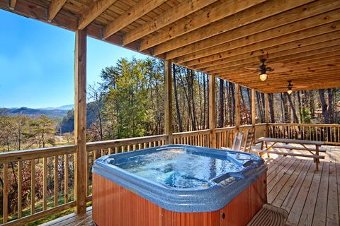 Hot Tub with Mountain Views - Apache Sunset